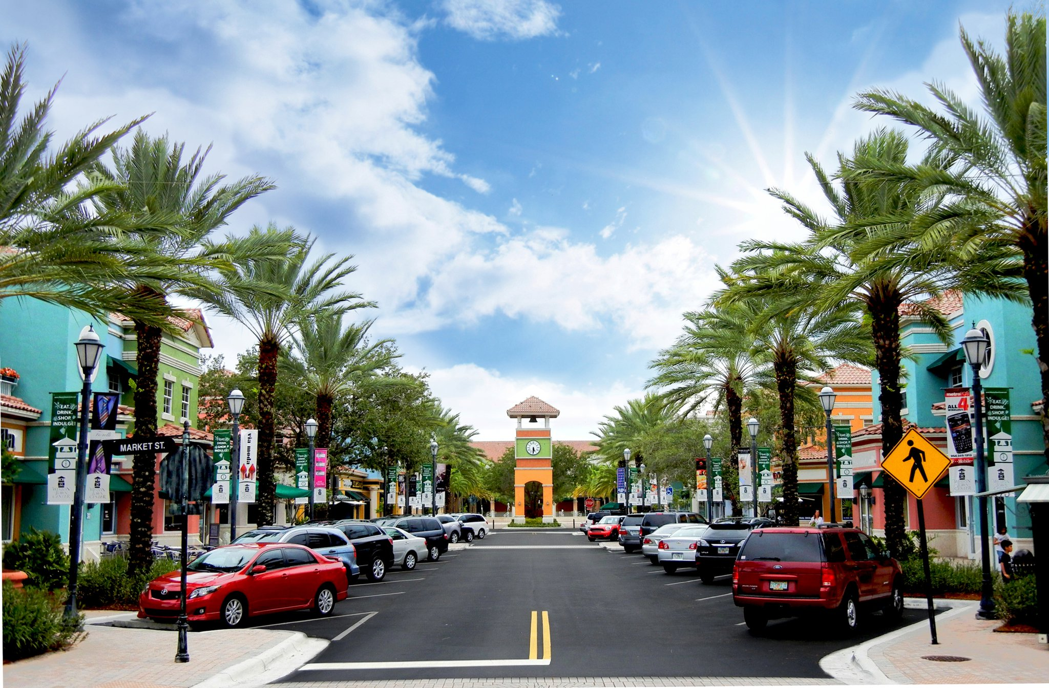 The largest outlet and value retail shopping destination in the United States. With more than retailers including Calvin Klein, Diesel, Tommy Hilfiger, Under Armour, 7 For All Mankind, ten full service restaurants, two food courts and entertainment dnxvvyut.mlon: W Sunrise Blvd, , FL.